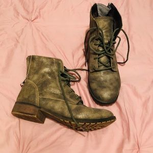 Women's Mossimo Antique Gold Boots Size 6